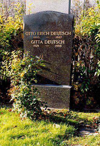 Otto Erich Deutsch - Grave