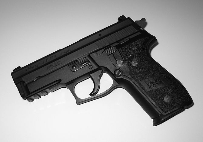 English: P229 9mm pistol, photographed by me.