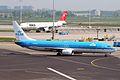 PH-BXO 2 B737-9K2 KLM AMS 09MAY06 (6451737577).jpg