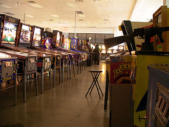 Pinball Hall of Fame - Image: P Ho F machines 2