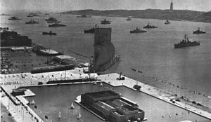 Padrão dos Descobrimentos - Inauguration in 1960 with 32 ships of 14 nations.