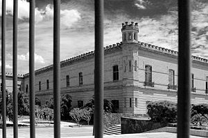 Palacio de Lecumberri - From behind bars.