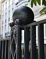 Palais Stoclet - détail appartenant à la grille principale, côté rue..JPG