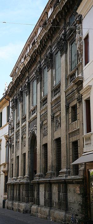Palazzo Valmarana - Palazzo Valmarana, façade