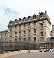 Paris, caserne Château-Landon 18.jpg