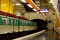 Paris-metro st.michel4.jpg