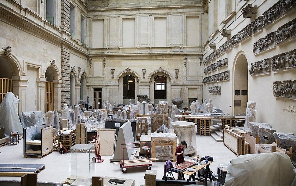 Paris - Restoration workshops in the Louvre - 2408