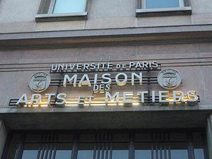 Paris 14e - Maison des Arts - avenue Pierre-Masse - enseigne.JPG