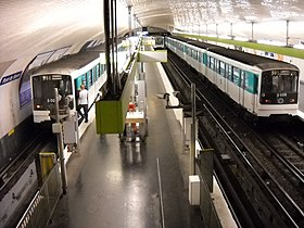 Image illustrative de l'article Pont de Sèvres (métro de Paris)