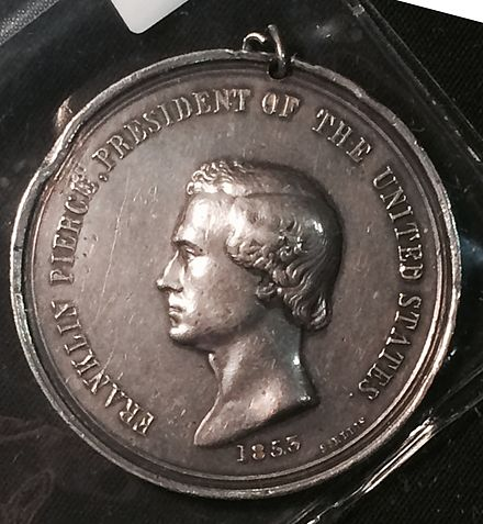 Indian Peace Medal depicting Pierce