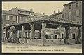 Pierrelatte (Drôme) - Halle de la place de l'hôtel de ville (34439720091).jpg