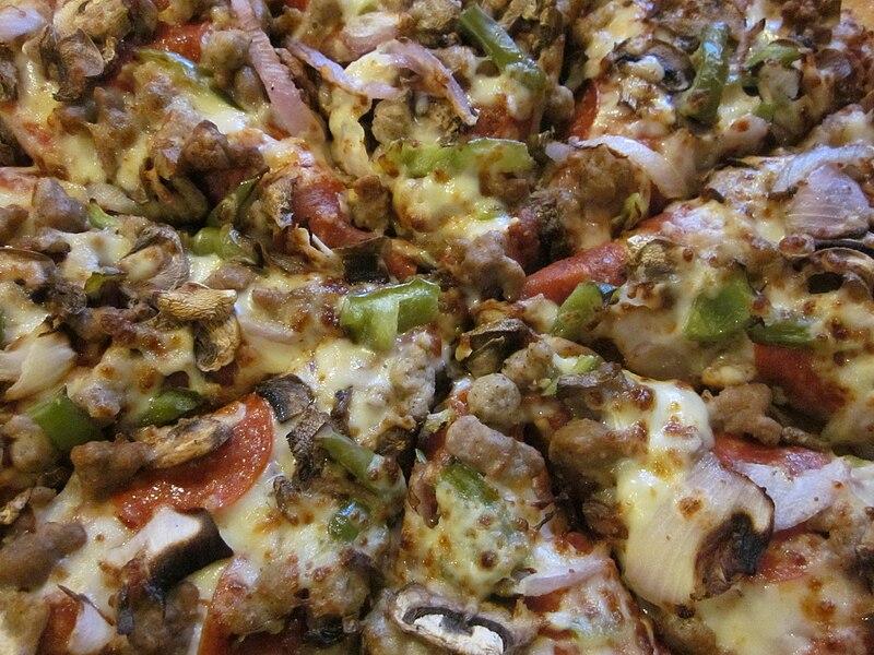 File:Pizza Hut Supreme pizza 1.JPG