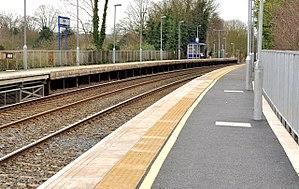 Hilden railway station - Image: Platforms, Hilden station