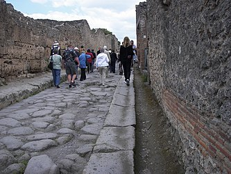Pompeii street08 5.jpg