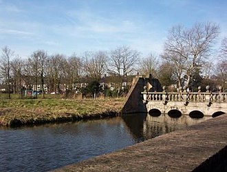 Heemstede Castle - Pons Pacis, or 'Peace Bridge' installed by Adriaan Pauw from the South, Oude Slot, Heemstede