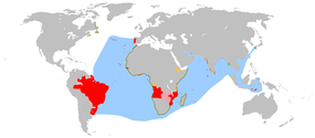 An anachronous map of the Portuguese Empire (1415-1999). Red - actual possessions; Pink - explorations, areas of influence and trade and claims of sovereignty; Blue - main sea explorations, routes and areas of influence. The disputed discovery of Australia is not shown.