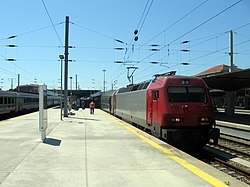 Portuguese Railways Intercity train at Porto-Campanha Train Station.jpg