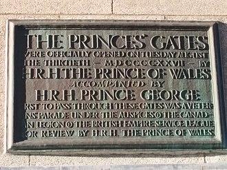 Princes' Gates - Image: Princes' Gates 1927 plaque