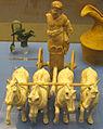 Puglia del nord, zeus al occhio con tre cavalli, 300-200 ac..JPG
