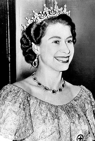 Elizabeth II's jewels - Elizabeth wearing the Girls of Great Britain and Ireland Tiara, 1953
