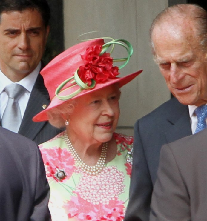 Queen Elizabeth Toronto 2010