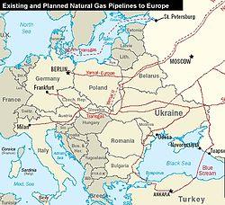 Oroszországból jövő lézető és tervezett főbb gázvezetékek