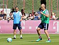 Rafinha Arjen Robben Training 2018-05-08 FC Bayern Muenchen-1.jpg