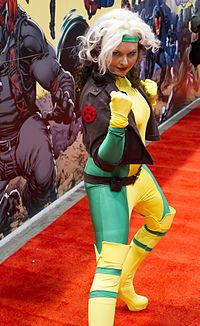 Rogue prepares to battle the photographer at C2E2 2013 (8689813650).jpg