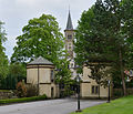 Rollingergrund church from castle park.jpg