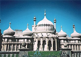 Richard III (1995 film) - Brighton's Royal Pavilion, in a shot quite similar to the one in the film