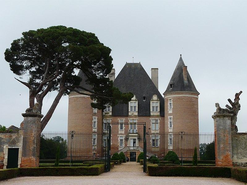File:Saint-Elix château.jpg