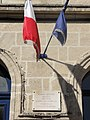 Saint-Thomas (Aisne) mairie, plaque monument institutrice déportée.JPG