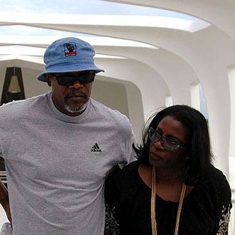 LaTanya Richardson - Samuel L. Jackson and LaTanya Richardson during a tour of Naval Station Pearl Harbor.