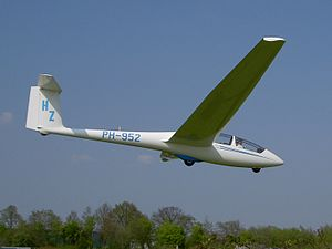 Schleicher ASK 21 PH-952.JPG