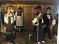 Schwarzwalder Trachten (Black Forest Costumes) - geo.hlipp.de - 22700.jpg