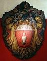Scuola fiorentina, stemma con simbolo dell'ospedale misericordia e dolce di prato e gettatello, 1600-10 ca. (prato, palagio degli spedalinghi) 01.jpg