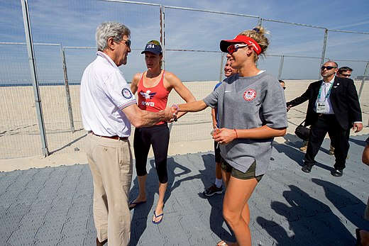 Secretary Kerry Chats With U.S. Olympic Women's Beach Volleyball Players (28521609230).jpg