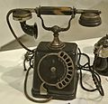 Siemens and Halske Telephone with a rotary dial 1910 cropped.jpg