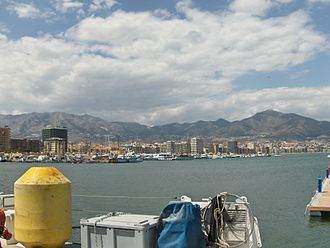 Sierra de Mijas - The Sierra de Mijas seen from Fuengirola harbour