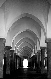 Sixty Dome Mosque 103.jpg