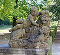 Skulptur Kinder mit Loewe Hofgarten Wuerzburg-2a.jpg