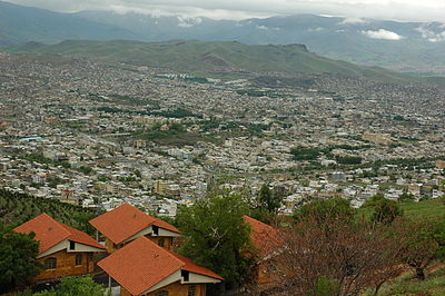 A view of Sanandaj, the second-largest city in Iranian Kurdistan Snah.JPG