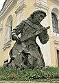 Socha svatého Františka u kostela v Kostomlatech nad Labem (Q104976248) 02.jpg