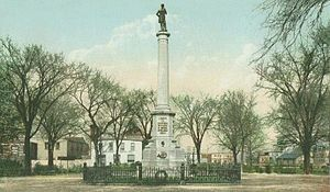 Soldiers' Monument, Chelsea, MA.jpg