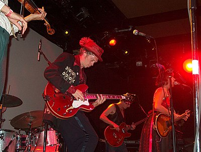 Picture of a band or musician: Squirrel Nut Zippers