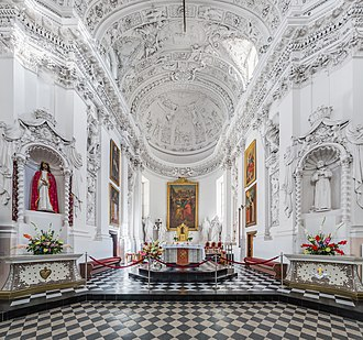 St. Peter and St. Paul's Church 3, Vilnius, Lithuania - Diliff.jpg