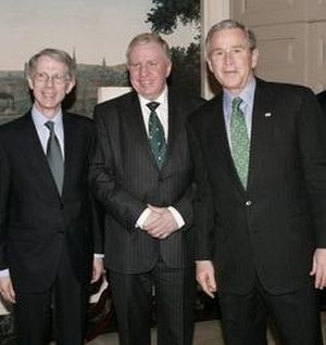 Paul Murphy, Baron Murphy of Torfaen - Murphy (centre) with David Manning and George W. Bush at the White House for St. Patrick's Day (2005)