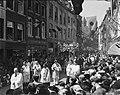 St Servaasprocessie te Maastricht Door de Bredestraat, Bestanddeelnr 902-7486.jpg