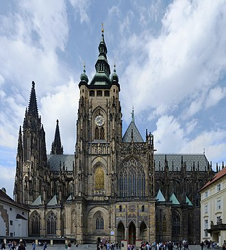 St. Vitus Cathedral - A view from south: the main tower and the Golden Gate. Nikolaus Pacassi finished the uncompleted gothic main tower in the Baroque style.