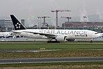 Star Alliance (United Airlines) Boeing 777-224-ER N77022 (22369703481).jpg